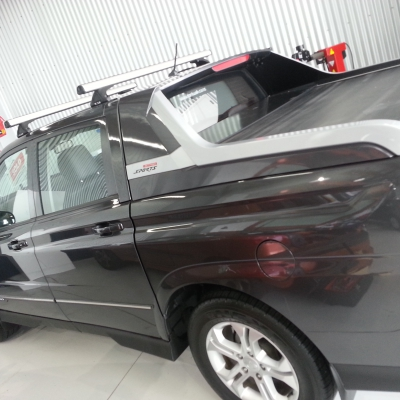 Roof Rack Rola 2bar commercial on SSangony Actyon sport
